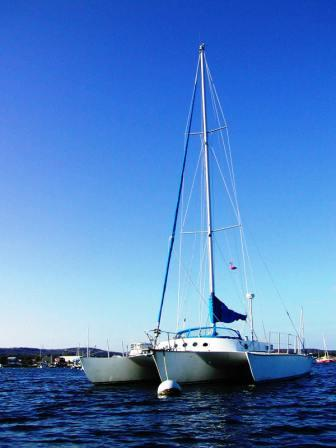 trimaran_sailboats_for_sale.jpg